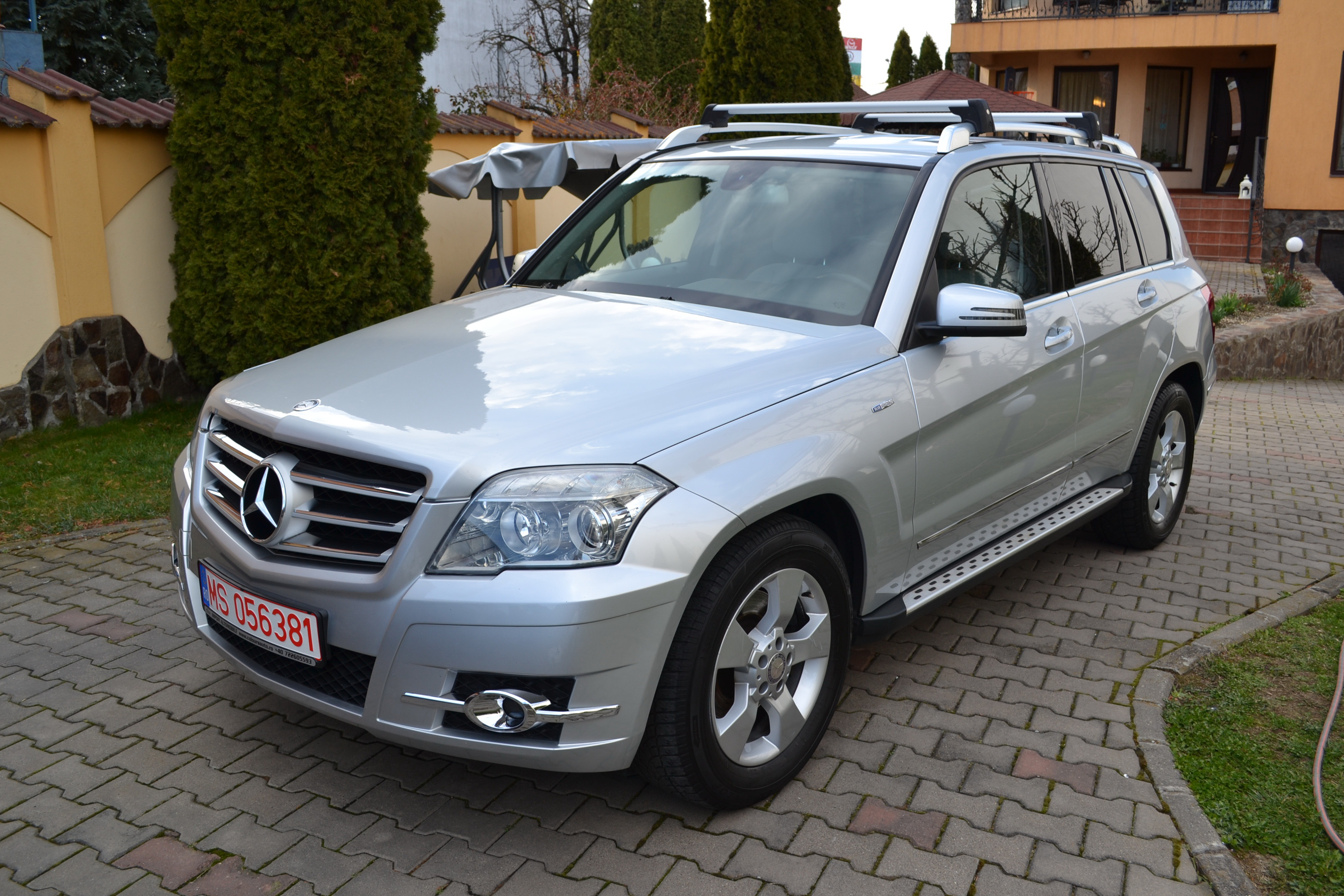 Mercedes-Benz GLK 220 CDI 4Matic BlueEfficiency Piele!!Navigatie!!Carlig!!Euro5!!